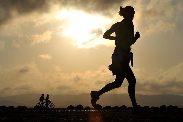 一人で走るランナー