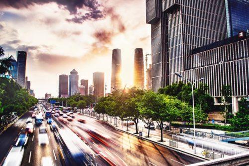 北京の道路、夕暮れの画像