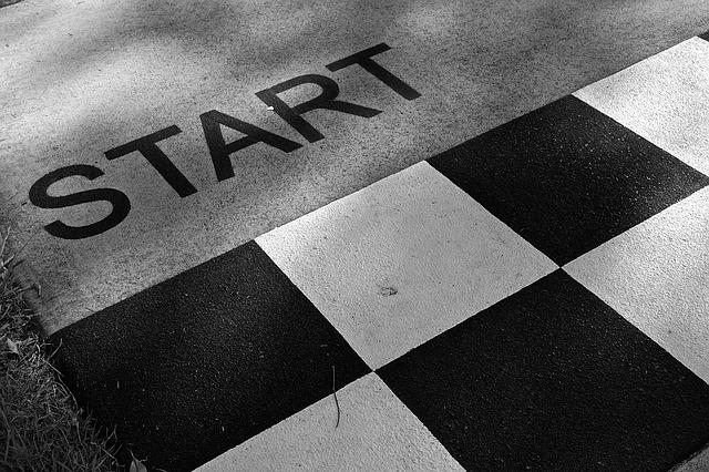 STARTの文字